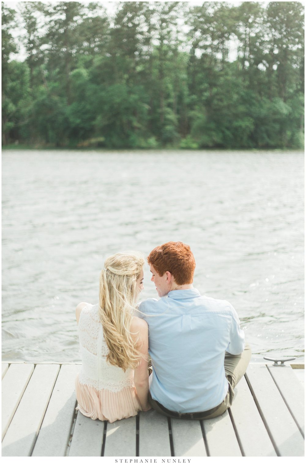 romantic-lake-film-engagement-photos-0015.jpg