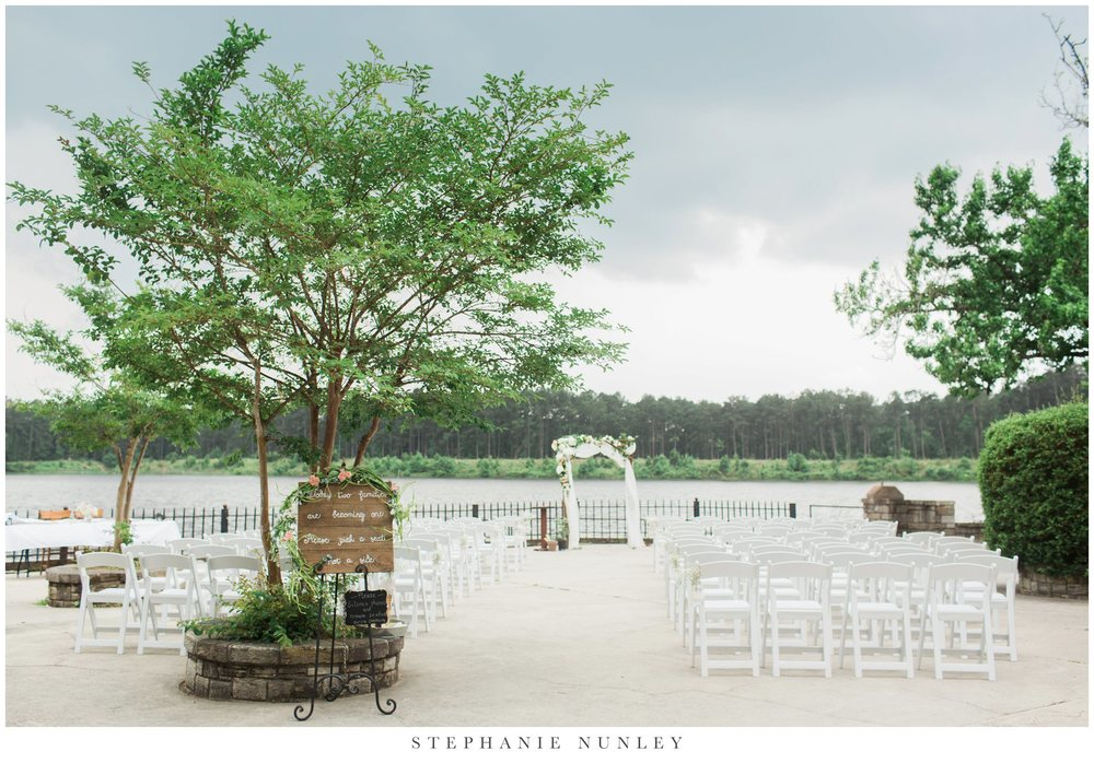 stormy-lakeside-wedding-photos-0014.jpg