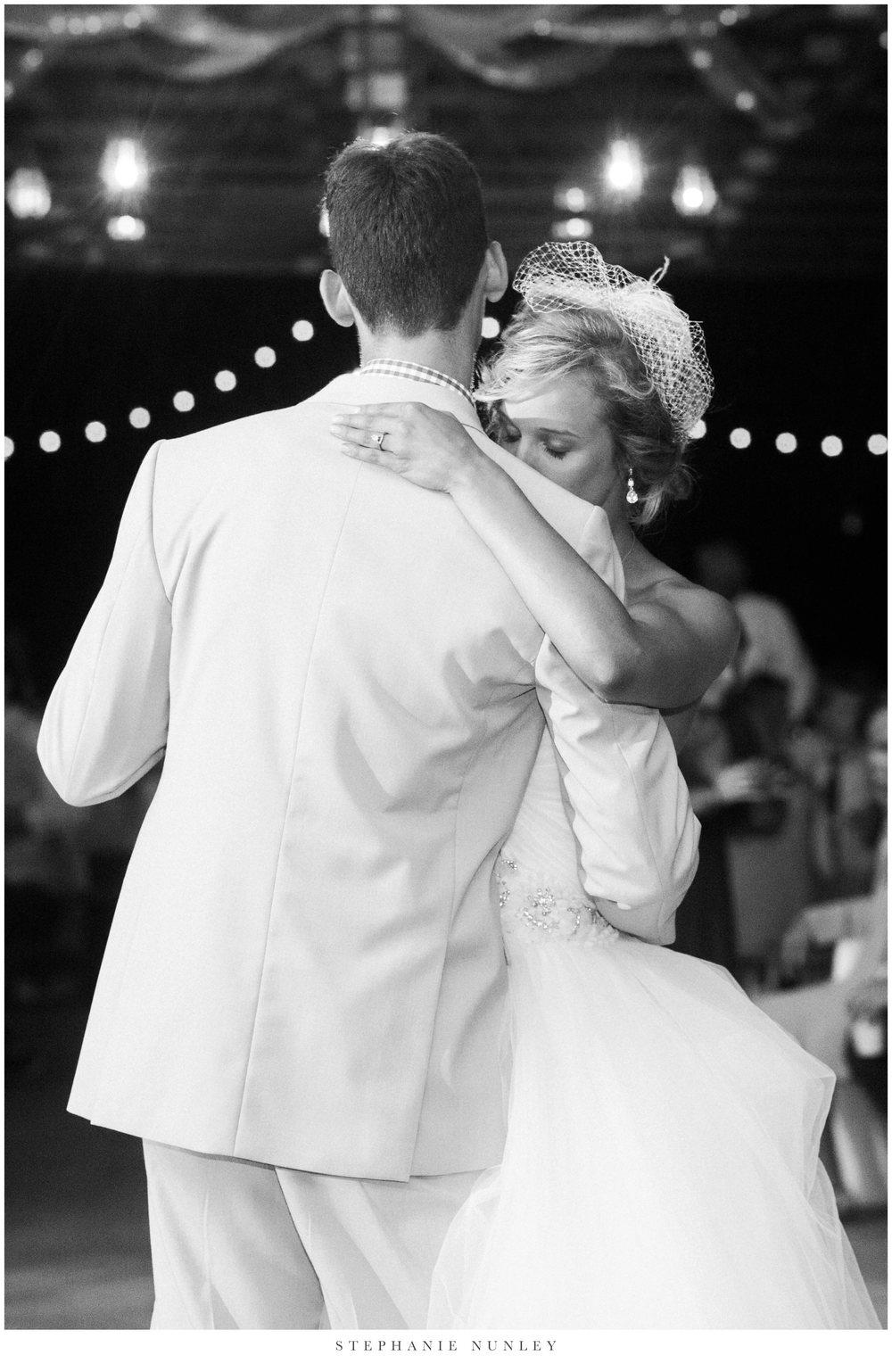 bobrook-farms-arkansas-wedding-photos-0074.jpg