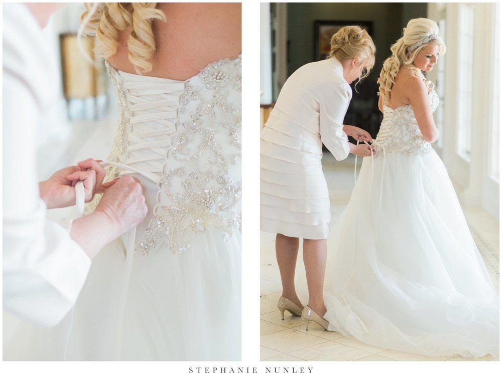 gold-and-white-arkansas-wedding-photos-010