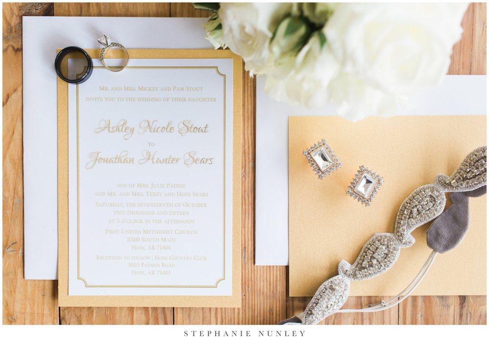 gold-and-white-arkansas-wedding-photos-002