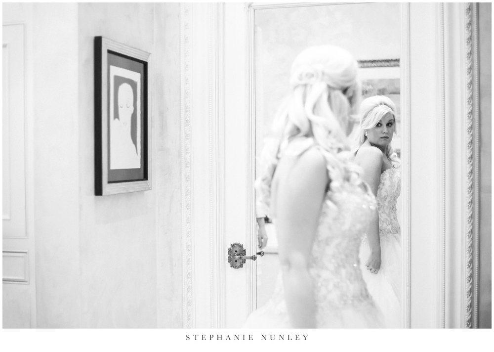 gold-and-white-arkansas-wedding-photos-011