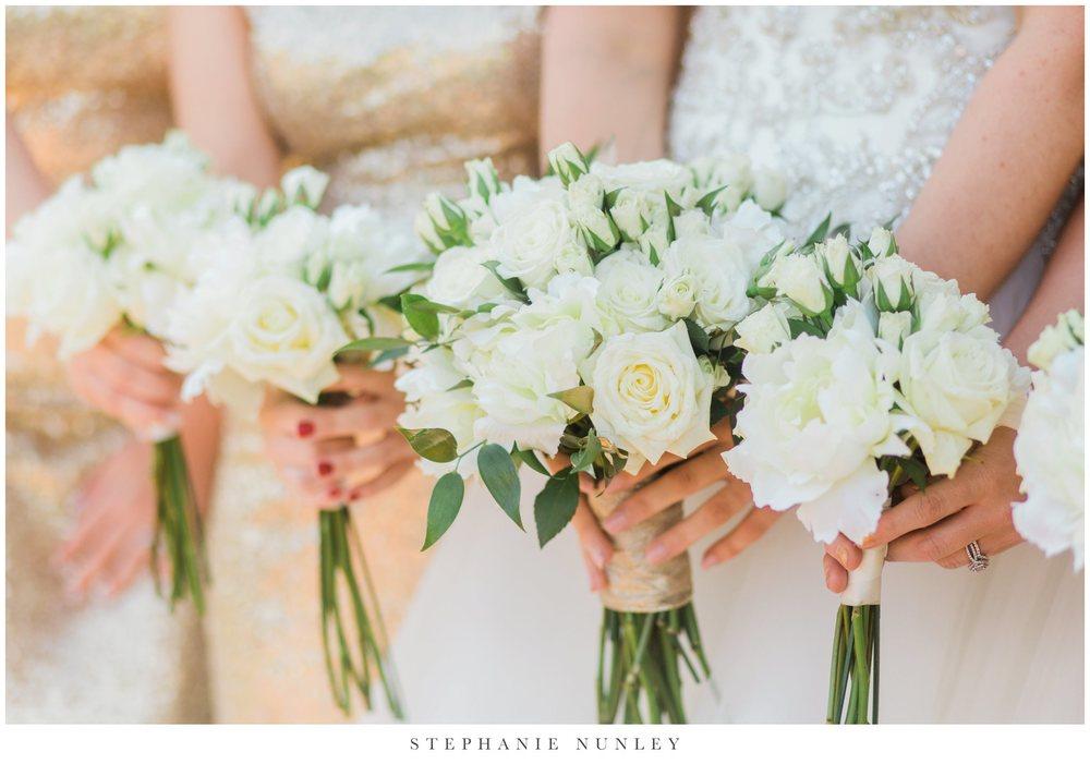gold-and-white-arkansas-wedding-photos-023