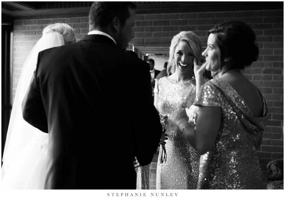 gold-and-white-arkansas-wedding-photos-028