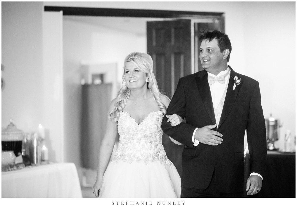 gold-and-white-arkansas-wedding-photos-033