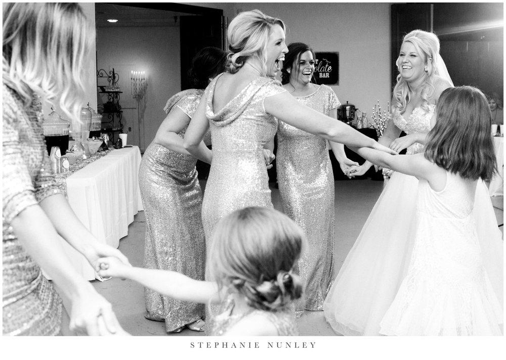 gold-and-white-arkansas-wedding-photos-040