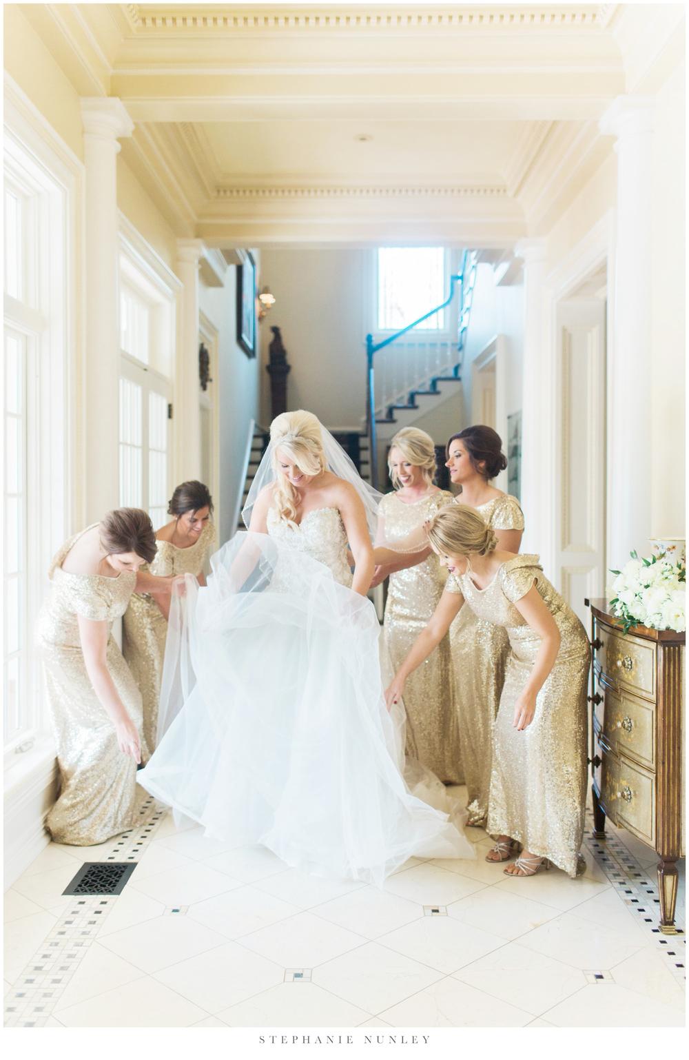 gold-and-white-arkansas-wedding-photos-042