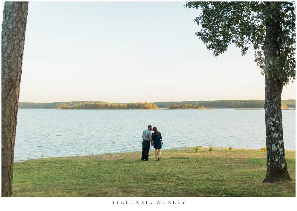 arkansas-sunset-lake-engagement-photos-0023.jpg