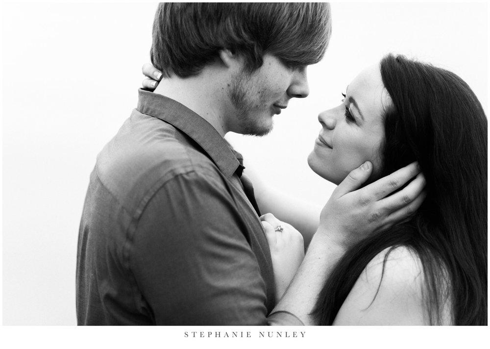 romantic-arkansas-lakeside-engagement-photos-0032.jpg