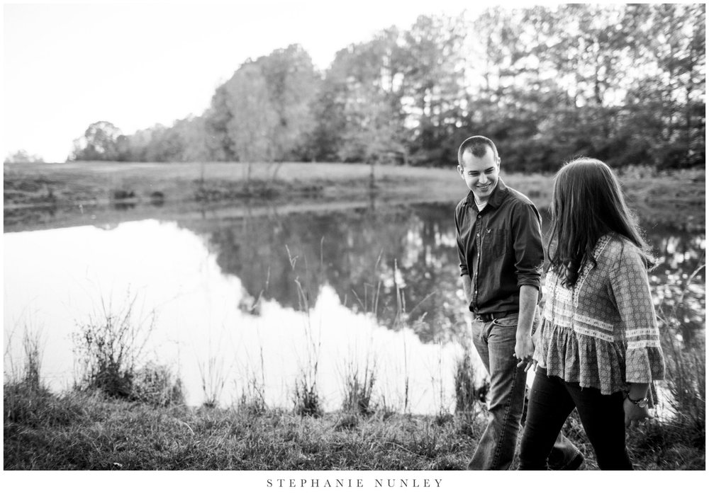 fall-engagement-photos-in-arkansas-0009.jpg