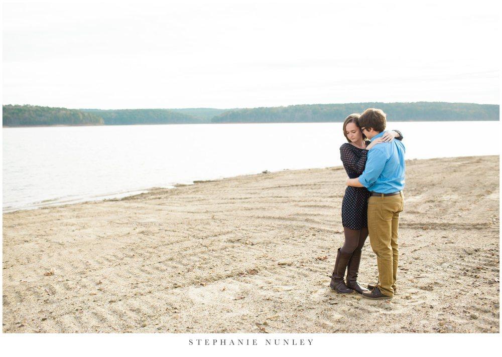 lakeside-adventure-engagement-photographer-0006.jpg