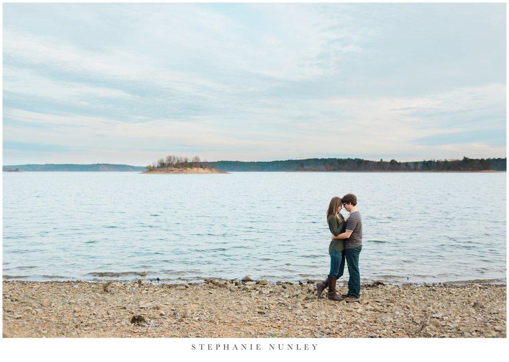 lakeside-adventure-engagement-photographer-0020.jpg