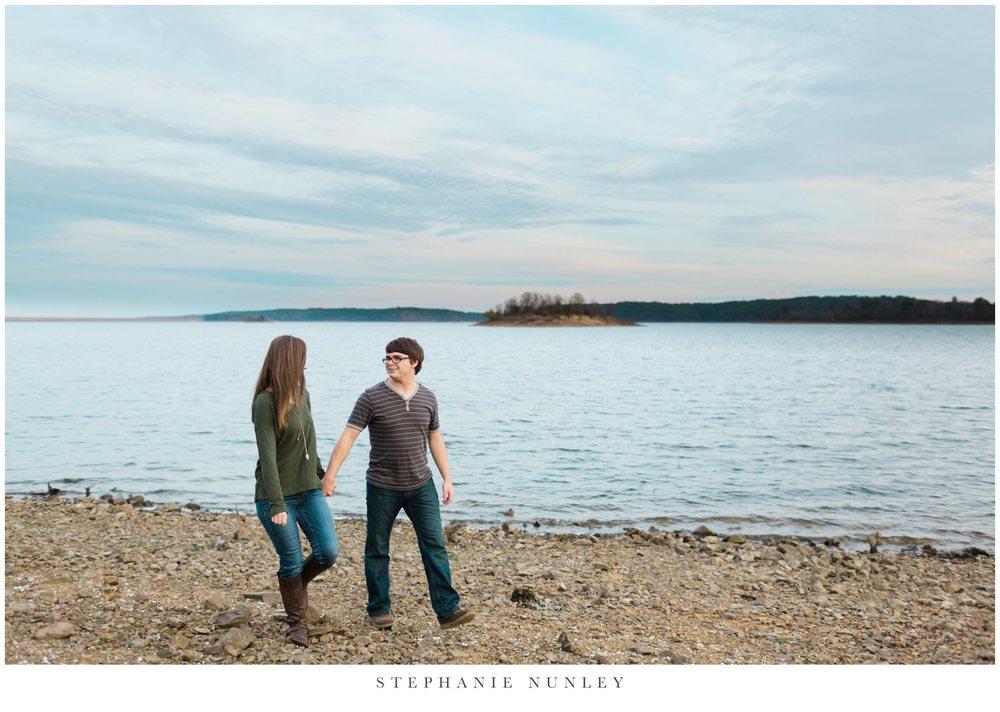 lakeside-adventure-engagement-photographer-0021.jpg