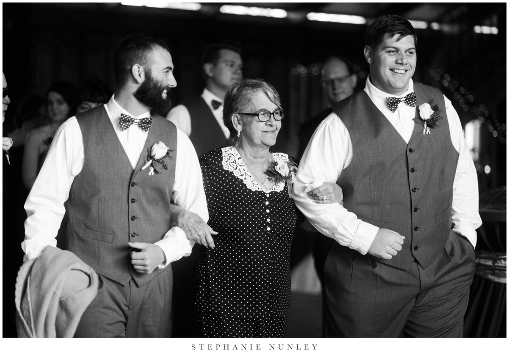 royal-ridge-forest-creek-barn-wedding-photos-0064.jpg