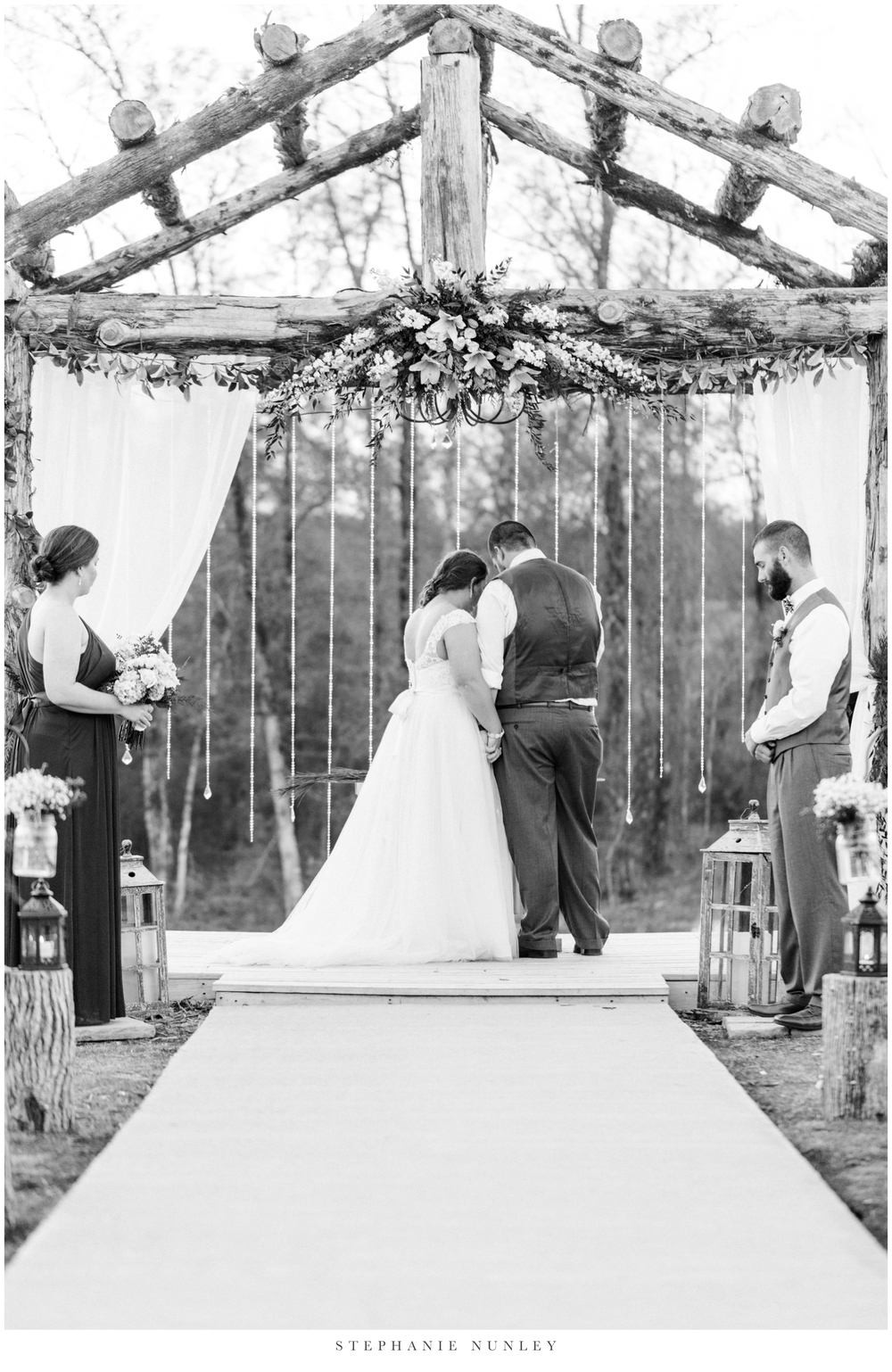 royal-ridge-forest-creek-barn-wedding-photos-0072.jpg