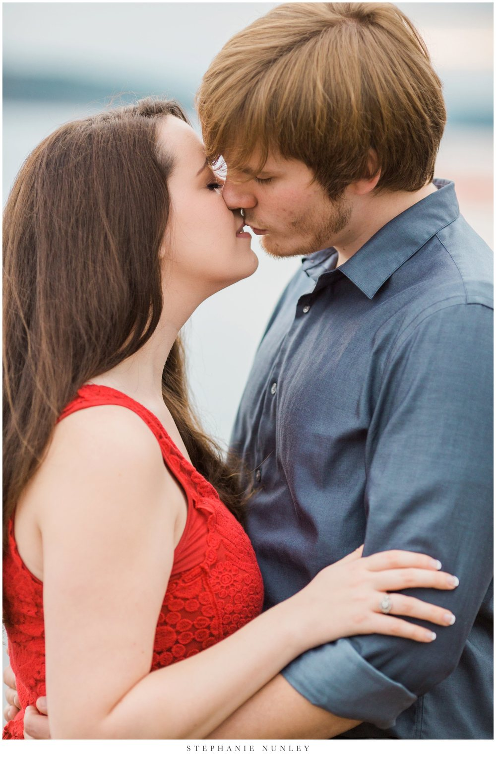romantic-arkansas-lakeside-engagement-photos-0037.jpg