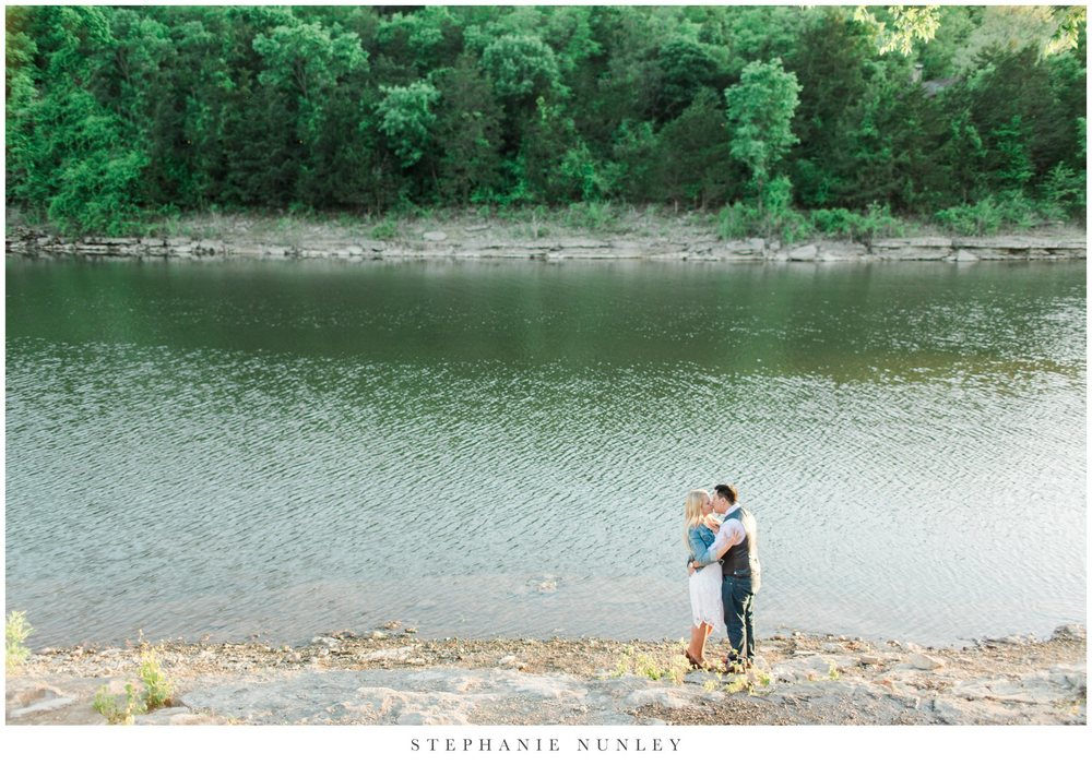 big-cedar-lodge-missouri-engagement-photos-0020.jpg