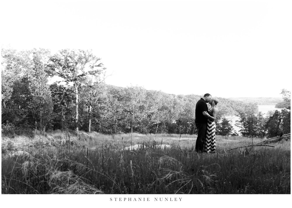 northwest-arkansas-engagement-photos-beaver-lake-0031.jpg