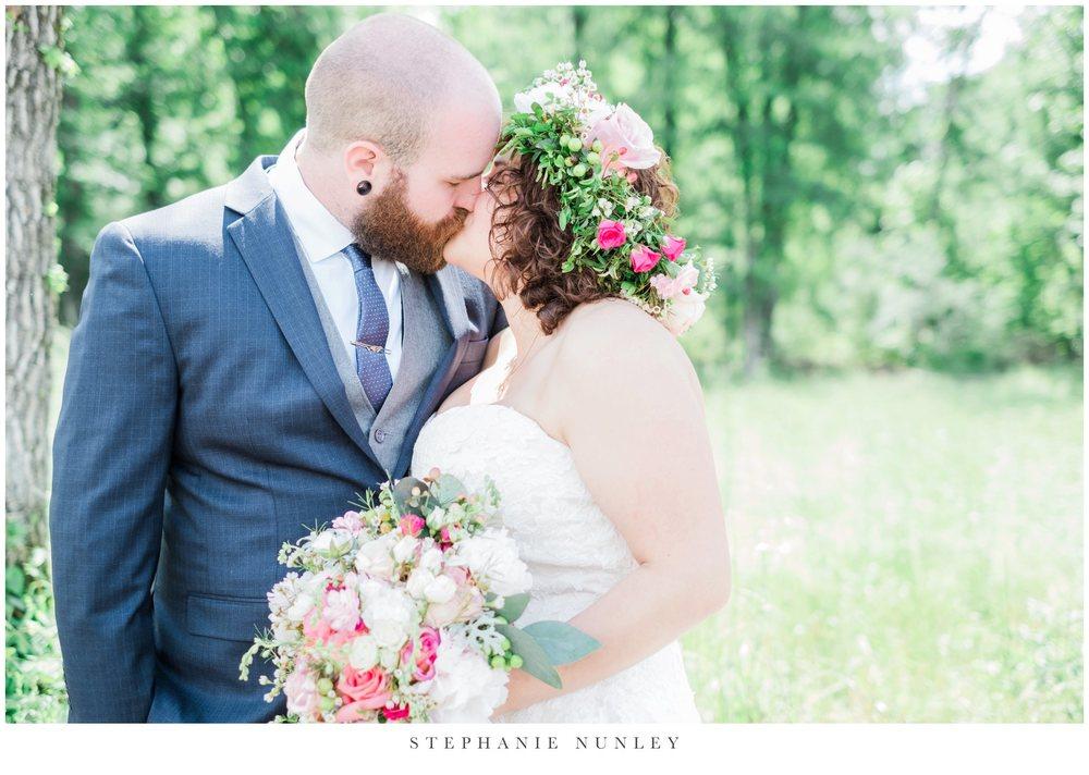romantic-outdoor-wedding-with-flower-crown-0071.jpg