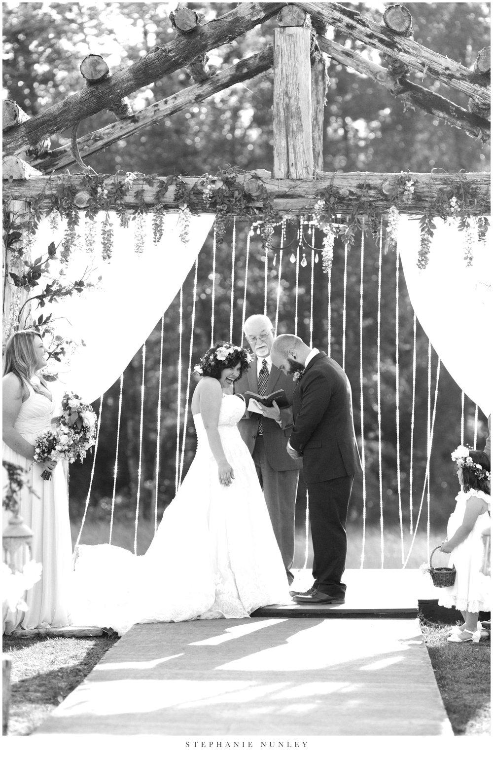 romantic-outdoor-wedding-with-flower-crown-0101.jpg