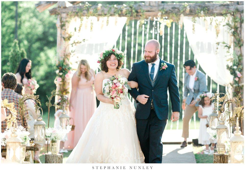 romantic-outdoor-wedding-with-flower-crown-0104.jpg