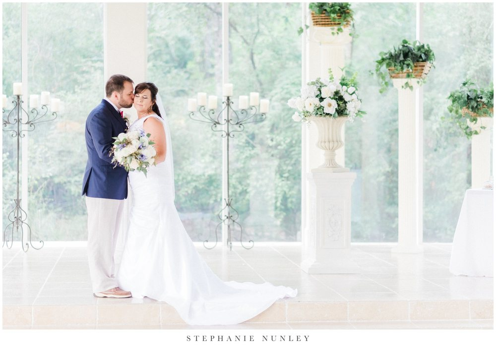 glass-chapel-wedding-photos-0036.jpg