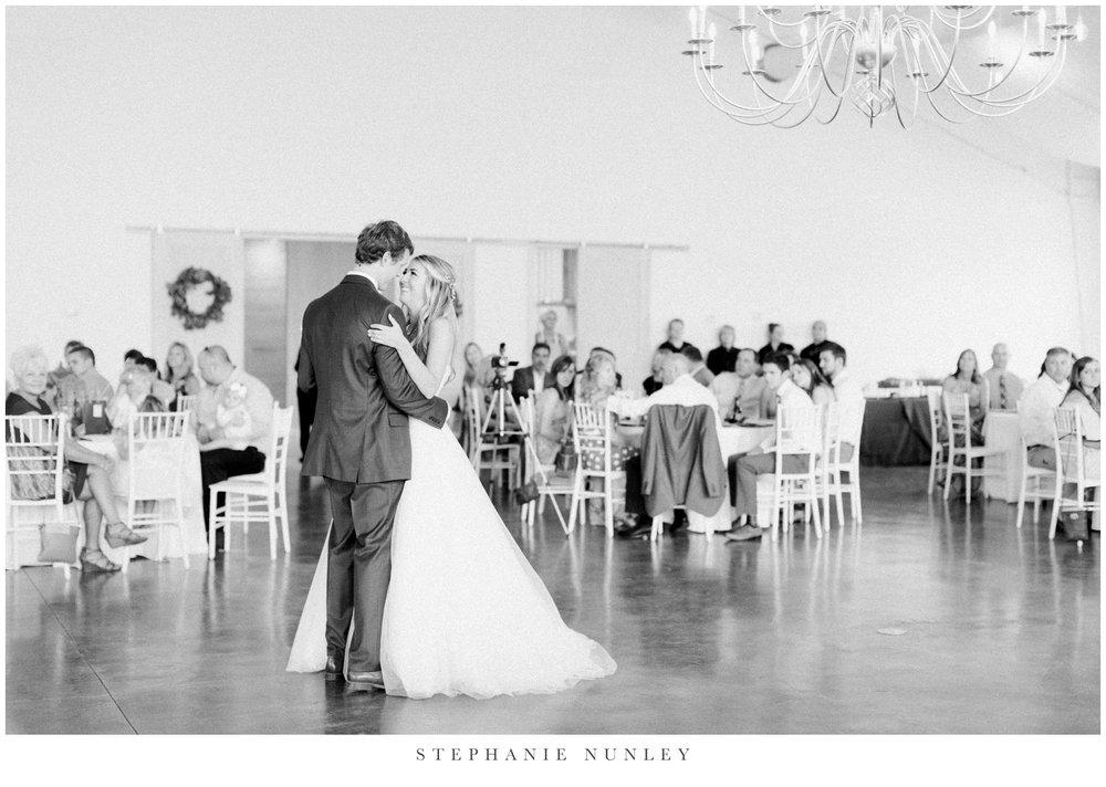 cold-springs-wedding-photos-in-arkansas-0105.jpg