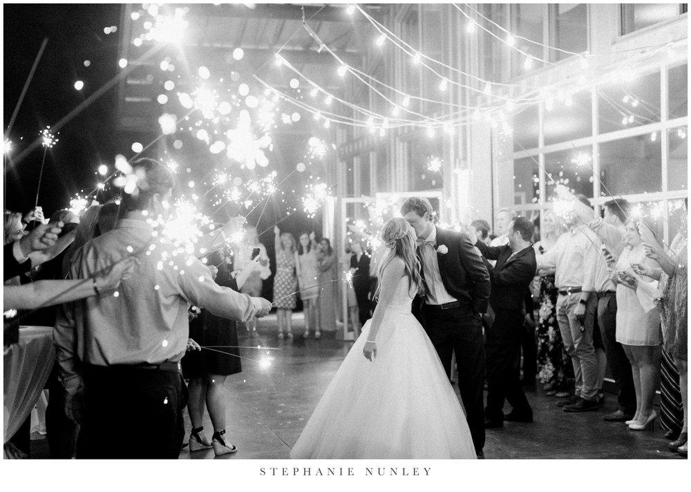 cold-springs-wedding-photos-in-arkansas-0112.jpg