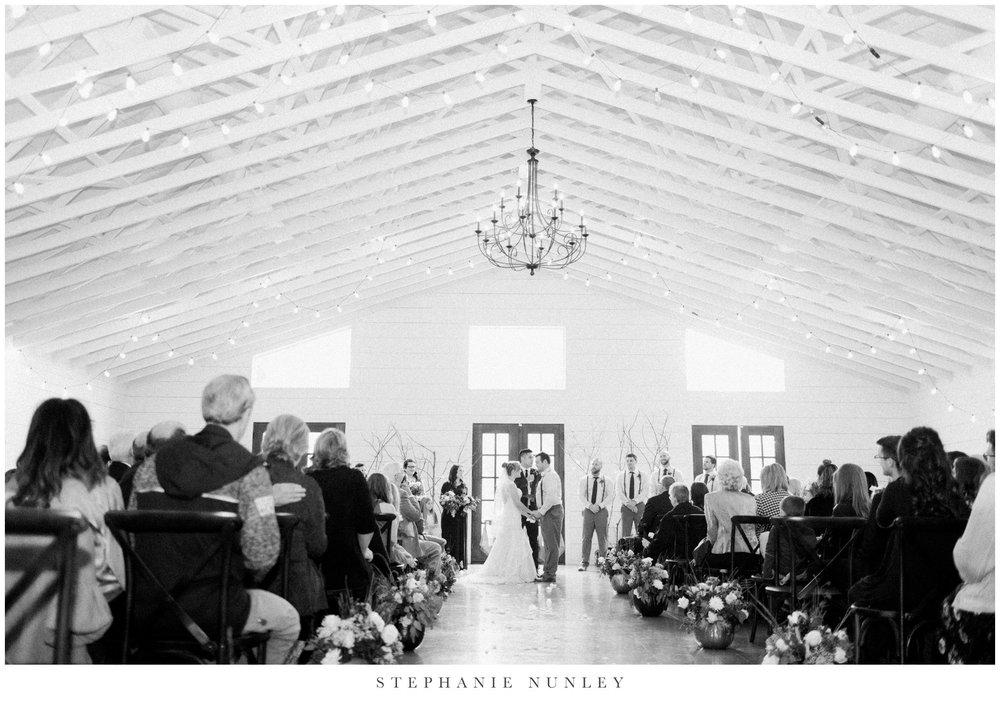 loft-at-stone-oak-arkansas-wedding-photos-0024.jpg