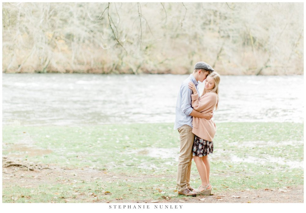 lewisville-park-washington-engagement-photos-019.jpg
