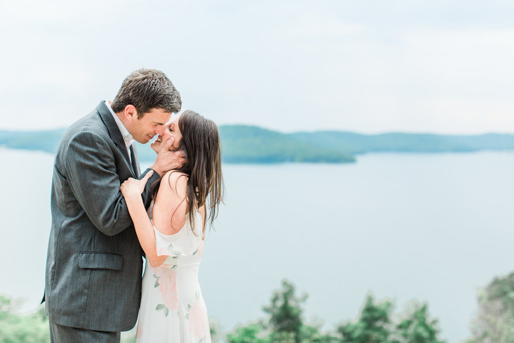 arkansas-mountain-romantic-engagement-photographer