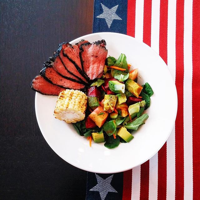 Still celebrating July 4th with this fireworks worthy lunch: sous vide tri tip steak in a secret marinade and #doctorauer salad. #lunch #potd #sousvide #tritip #tritipsteak #steak #marinade #doctorauersalad #paleo (minus #corn) #glutenfree #healthy #steaksalad #foodporn #july4th #flag