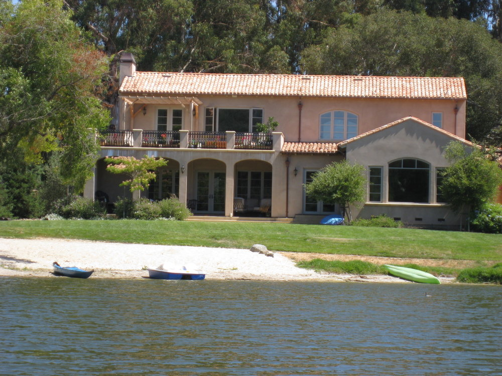 1025 Lakeview Way Emerald Hills.jpg