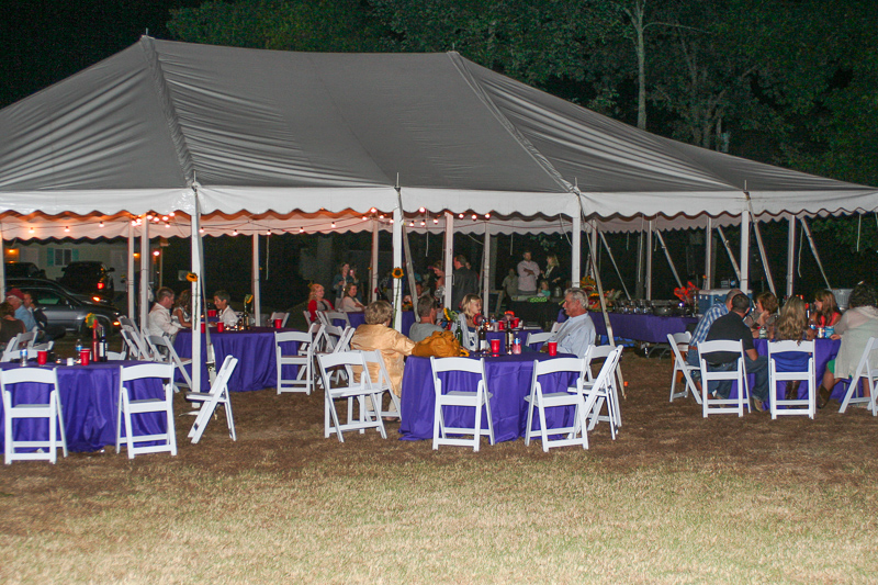 wedding_reception_at_Lake_Harbour_Resort_on_Bull_Shoals_Lake.jpg