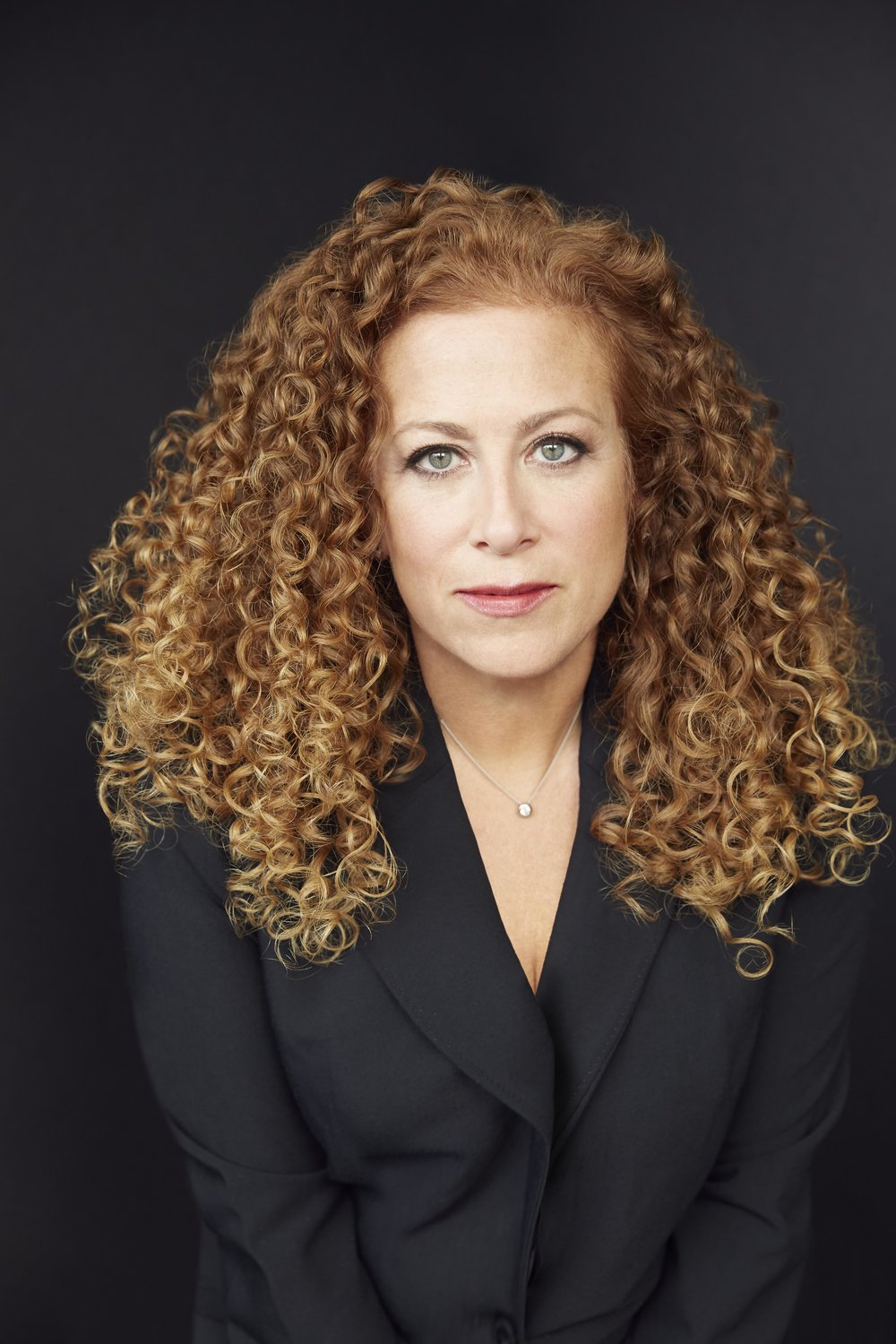 I was the mom who took my laptop to swim practice and to nursery school pickup. I learned that if you have even 15 minutes, you can get something out. - Jodi PIcoult