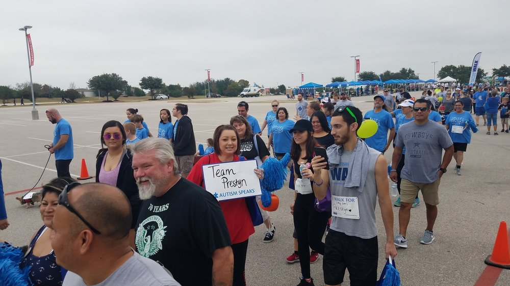 autism-speaks-austin-walk-2017-cultivate-behavioral-health-and-education-walking-3.jpg