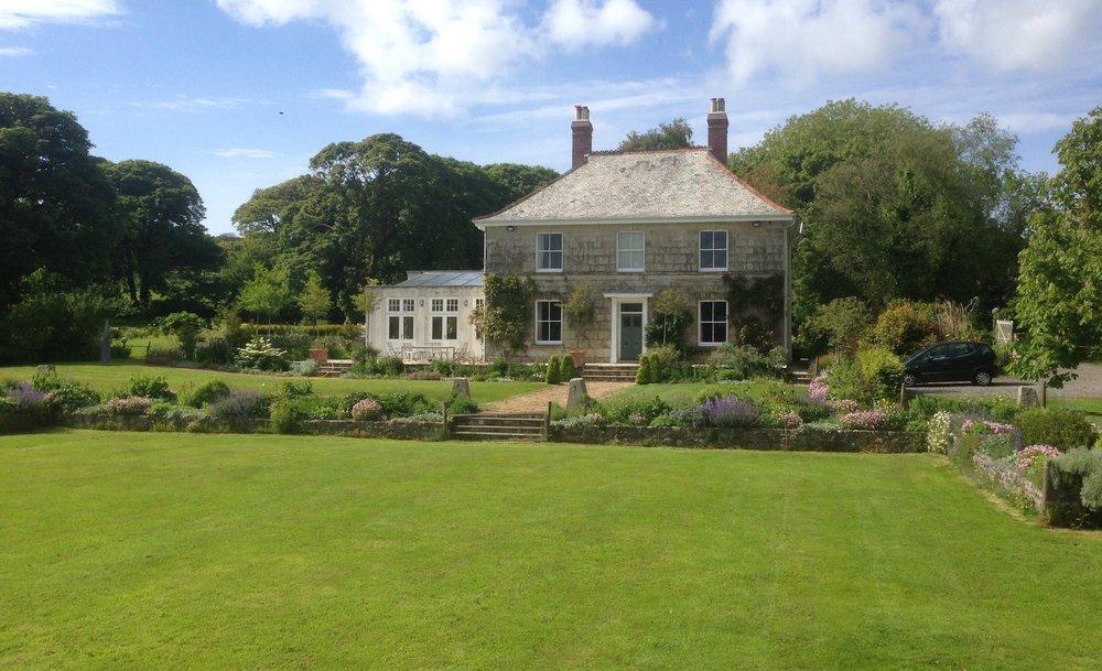 Juniper Gardens Garden Maintenance Cornwall