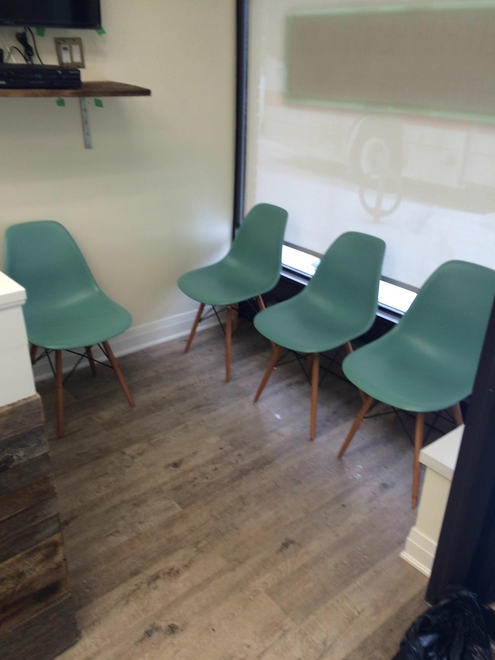Salon Moda - Sitting room after.jpg