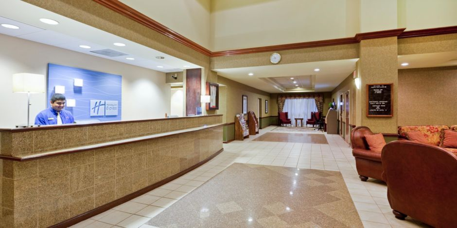 holiday-inn-express-and-suites-south-portland-2532836831-2x1.jpg