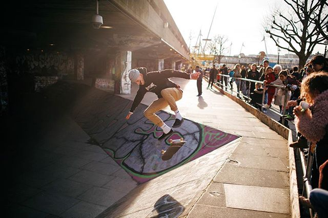 I'm always so impressed with the perseverance and determination of the people that skate here! .⠀⠀ .⠀⠀ .⠀⠀ .⠀⠀ .⠀⠀ ⠀⠀ #london #thisislondon #skate #skatelife  #skatelondon #southbank #backlight #spring #sun #sports #vsco #vscocam #vscogood #vscotravel #adventure #travel #welivetoexplore #justgoshoot #lifeofadventure #exploremore #explore #nikon #d810 #nikonuk