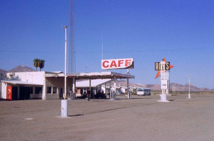 Roy´s Motel and Cafe. Route 66. Ejemplo objetivo de entorno hostil