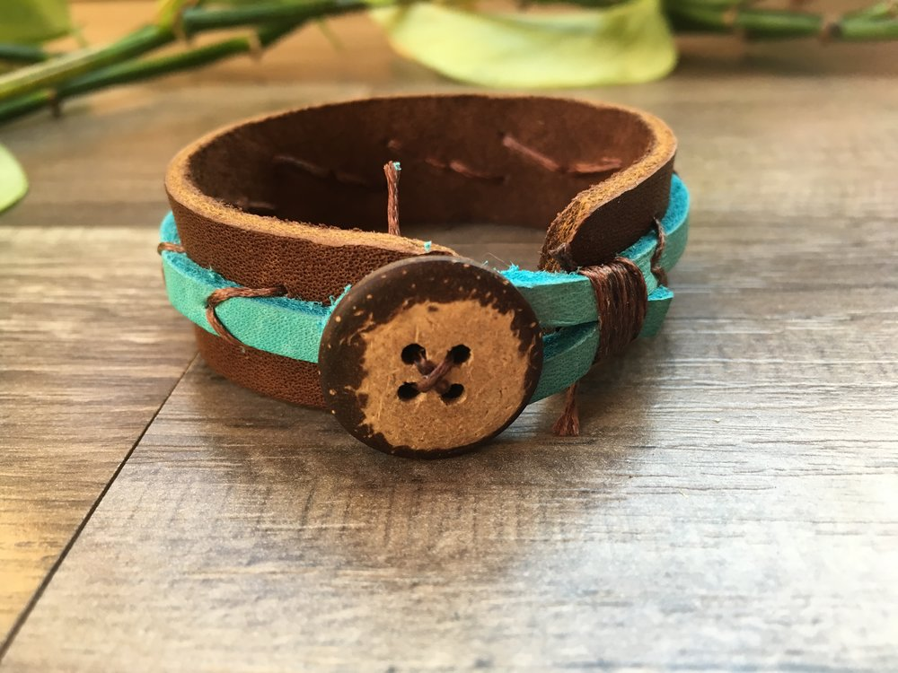 Leather & Coconut Button