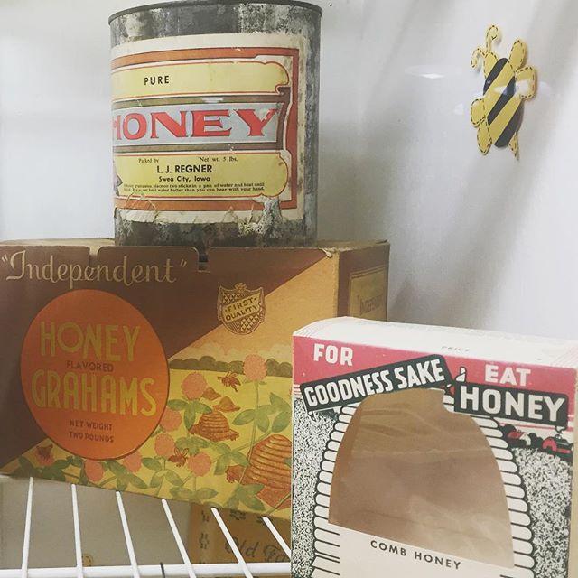 #vintage #honey #packaging on display at the #iowastatefair  #packagingdesign #iowahoneyproducers