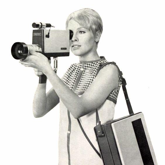 womanandcamera.jpg