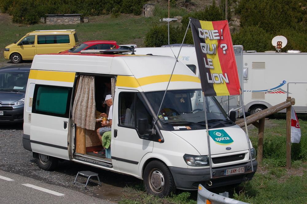 Gallina camper 2.JPG