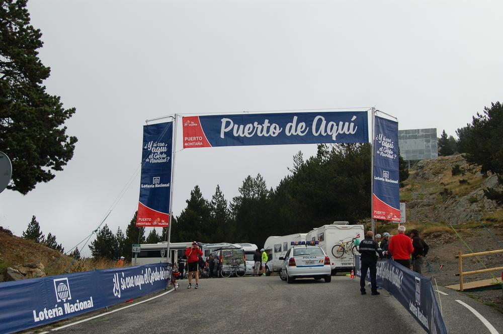 Puerto de Aqui banner.JPG
