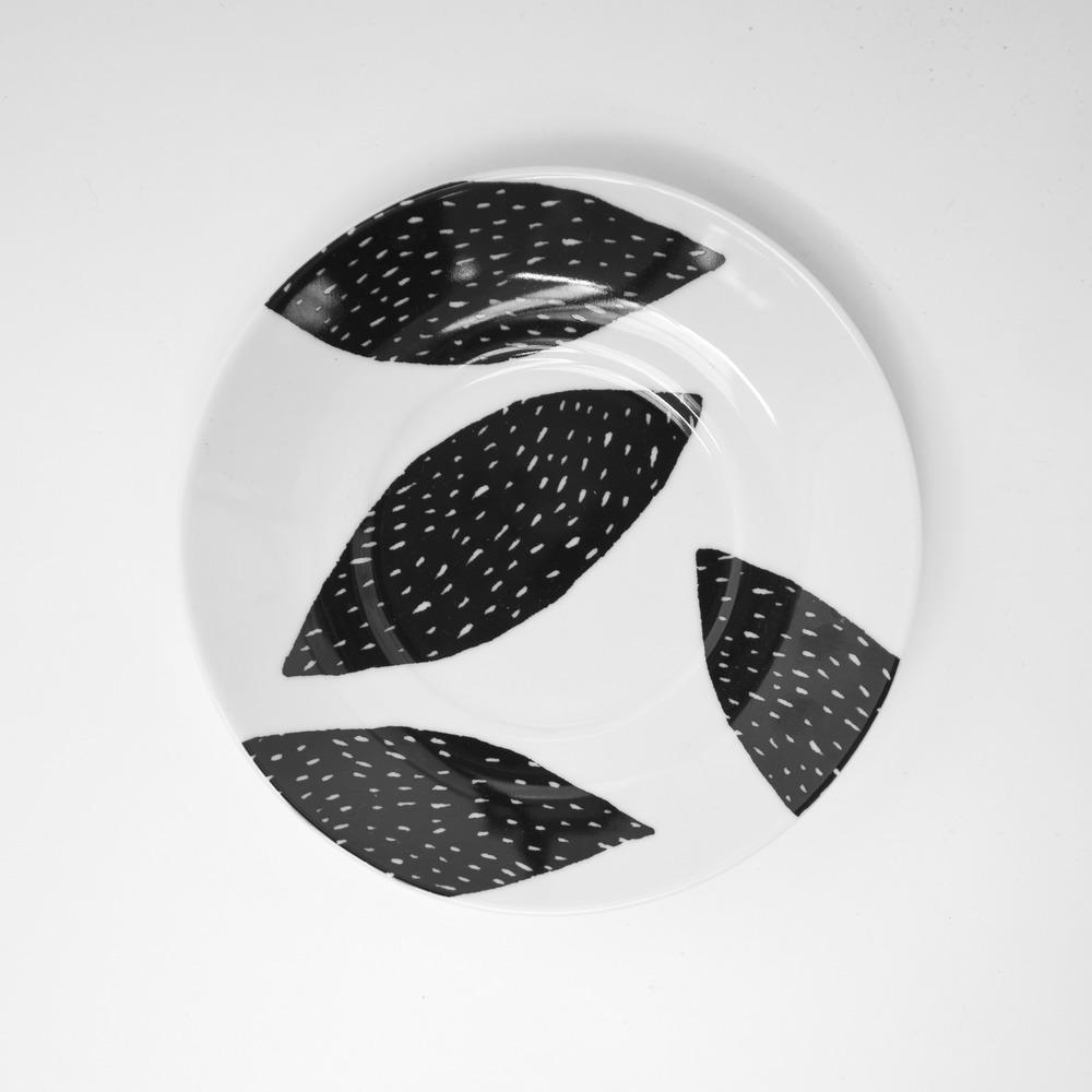rym plate black almond 1.jpg