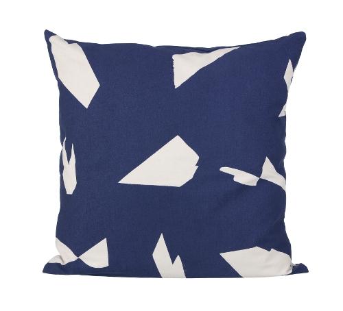 cushion cut dark blue.jpeg