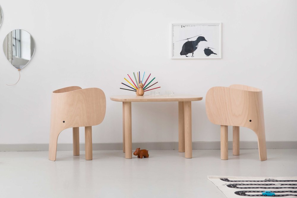 Elephant-chair-and-table.jpg