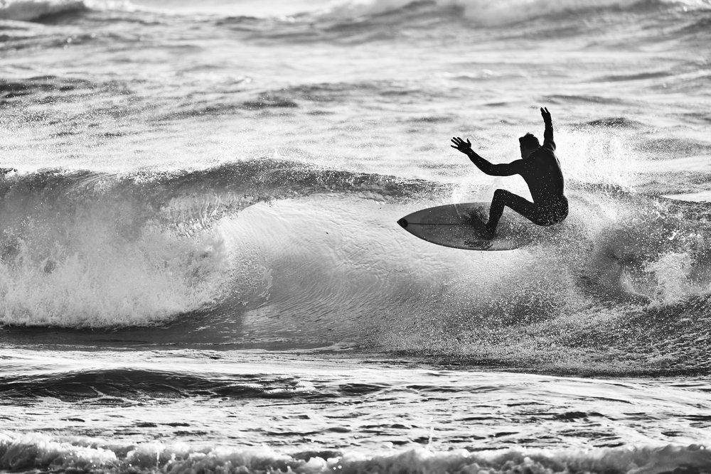 Nolan-Dubeau-Sony-Kando-Surfing-DSC07621 1.jpg